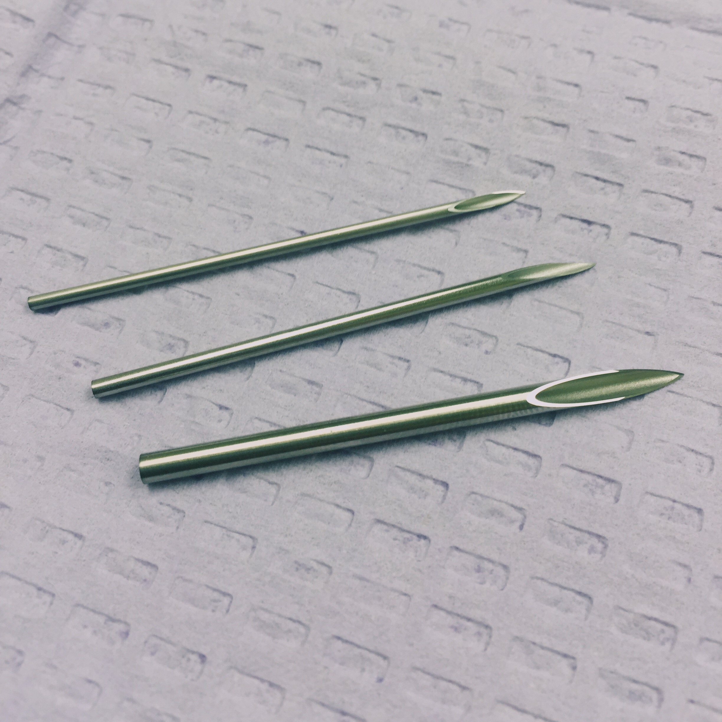 piercing-needles
